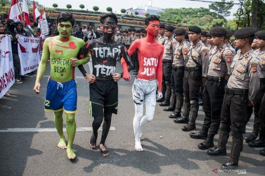 Aksi bela Kesatuan NKRI