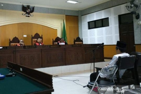 Terdakwa korupsi BOS SMKN 1 Monta dituntut setahun enam bulan penjara