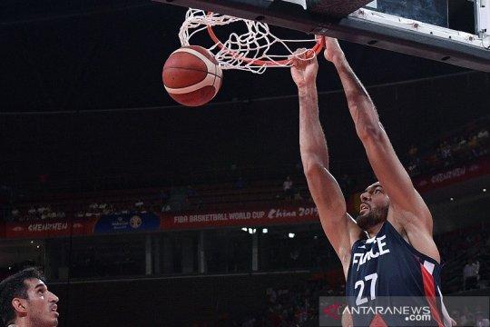 Gobert pimpin Prancis cukur Yordania 103-64 menuju babak kedua