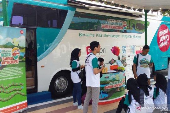 "Bus KPK ""Jelajah Negeri Bangun Antikorupsi"" hadir di Lumajang"