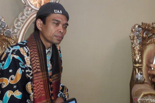 Persatuan umat diserukan UAS dari Bangka Belitung