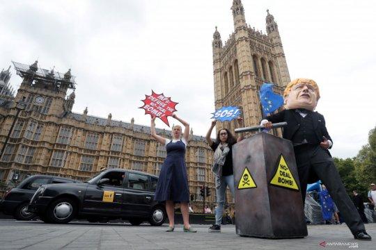 Puluhan ribu orang di London tuntut referendum baru Brexit