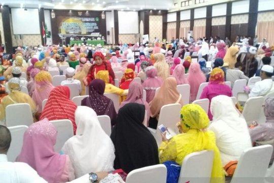 Jamaah haji Papua Barat tiba di Makassar