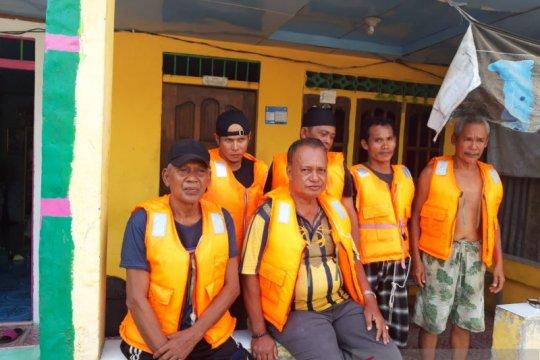 SAR Jambi selamatkan penumpang KM Rahmat Baru di Berhala