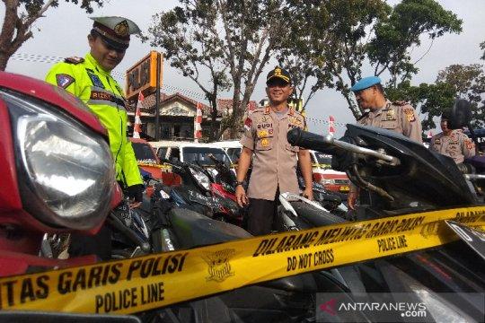 Polres Garut sita ratusan kendaraan pelanggar peraturan lalu lintas