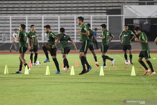 Pemain timnas Indonesia berlatih jelang laga hadapi Malaysia
