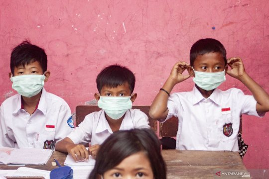 Dosen Undip buat alat sterilisasi udara yang bisa bunuh virus corona