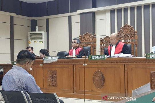 Hakim Lasito langsung terima putusan 4 tahun penjara