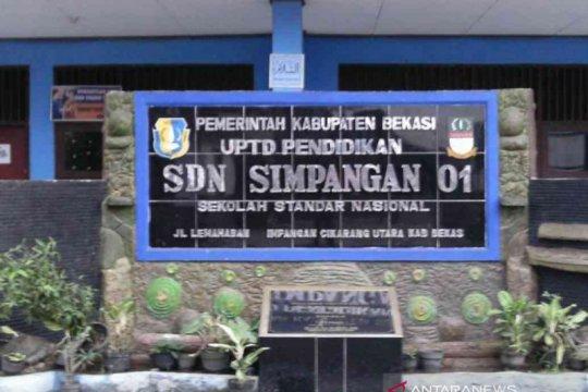 Ratusan sekolah Bekasi raih predikat standar nasional Kemendikbud