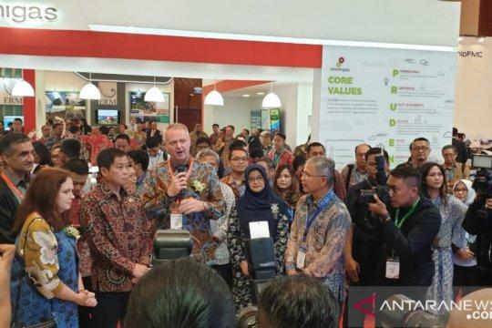 Menteri ESDM kunjungi stan Checron di IPA Convex di Jakarta