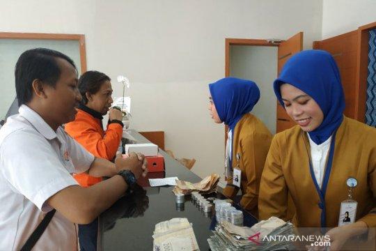 Direksi Bank BJB sapa pelanggan di Makassar