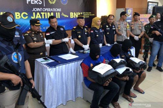 BNN dan BC Jatim gagalkan peredaran 7 kilogram ganja di Malang