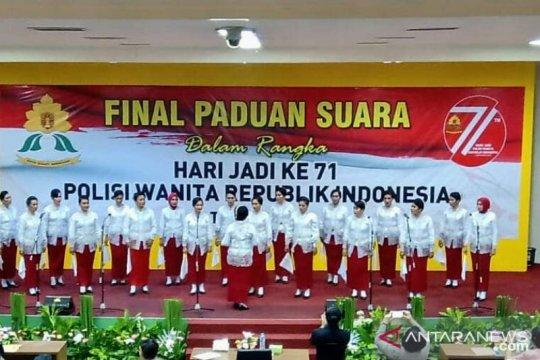 Polwan Polda Maluku juara paduan suara nasional