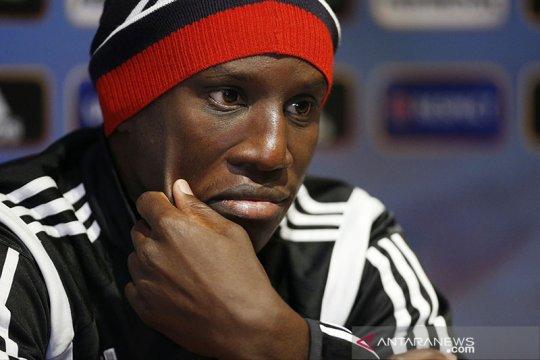 Demba Ba desak pemain berkulit hitam tinggalkan Italia