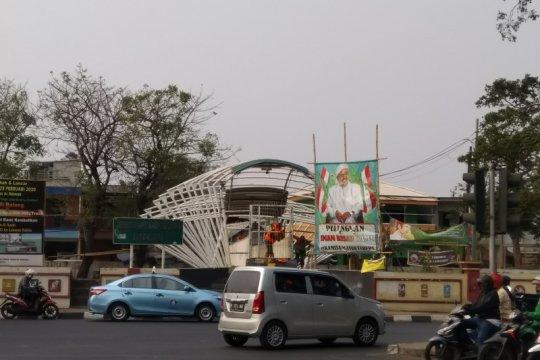 Imbas tawuran Manggarai, warga tutup JPO Jayakarta