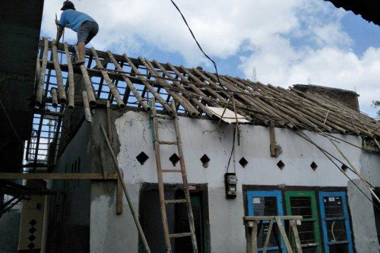 Baznas Mataram tuntas pugar belasan rumah tidak layak huni