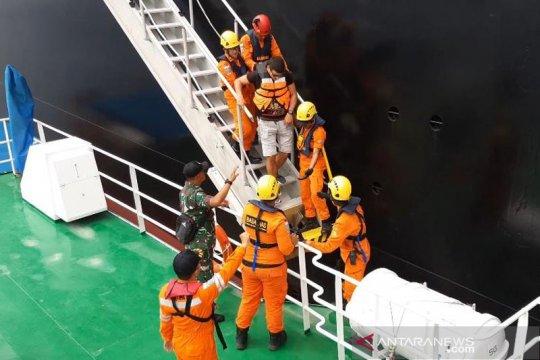 Warga Kroasia dievakuasi dari kapal tanker