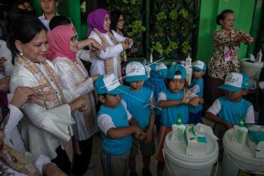 Ibu Negara Iriana Joko Widodo kunjungi PAUD Page 2 Small