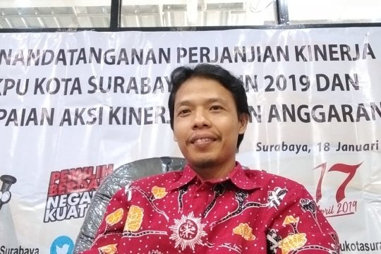 Penyerahan syarat dukungan Bacawali Surabaya perseorangan 11 Desember