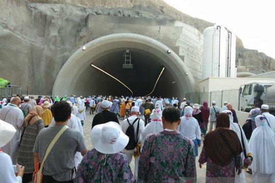 Setiba di Tanah Air Tim Kesehatan Haji tetap pantau kesehatan jamaah