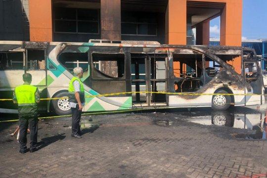 Kemenhub investigasi bus terbakar di Bandara Ngurah Rai