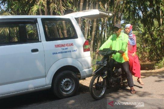 Ojek ambulans diterapkan puskesmas di Garut layani warga terpencil