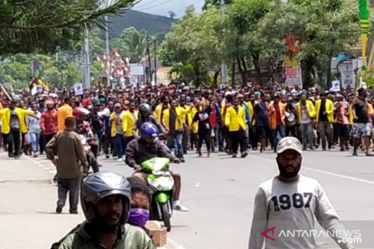 Wartawan Jayapura terintimidasi saat meliput demo