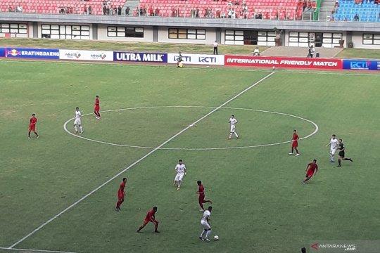 Indonesia tertinggal 0-1 dari Iran babak pertama
