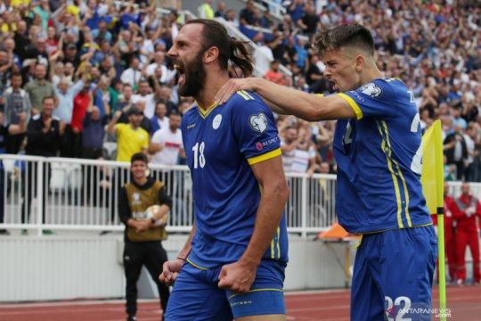 Kosovo kalahkan Ceko, sementara puncaki klasemen Grup A