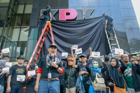 Saut Situmorang usulkan pimpinan KPK ditentukan Presiden Jokowi