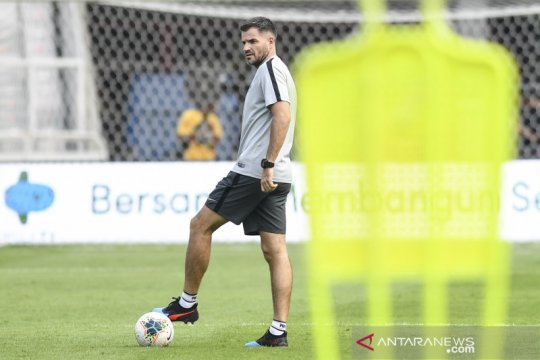 Simon McMenemy: saya masih layak latih timnas Indonesia