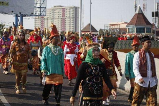 Karnaval kebangsaan memperingati Hari Olahraga Nasional Page 2 Small