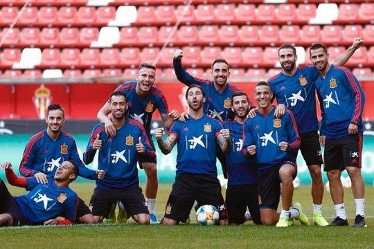 Ramos samai rekor penampilan untuk timnas milik Casillas