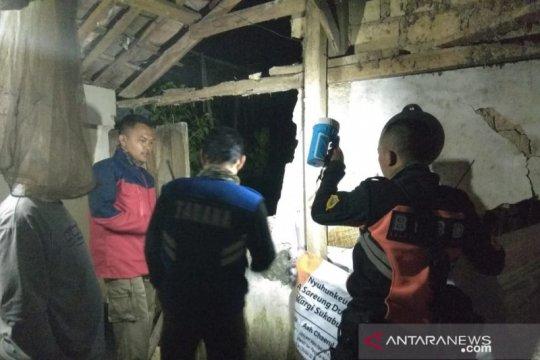 Puluhan rumah di Sukabumi rusak diterjang bencana alam