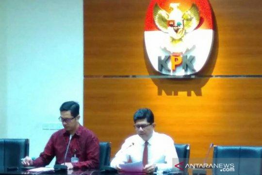 KPK geledah lima lokasi terkait kasus perdagangan minyak