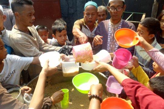 Perkampungan Arab Palembang lestarikan tradisi bubur suro 10 Muharram