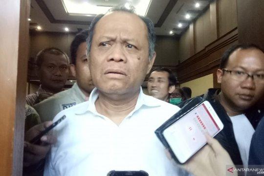 Tidak didampingi pengacara, sidang Habil Marati ditunda