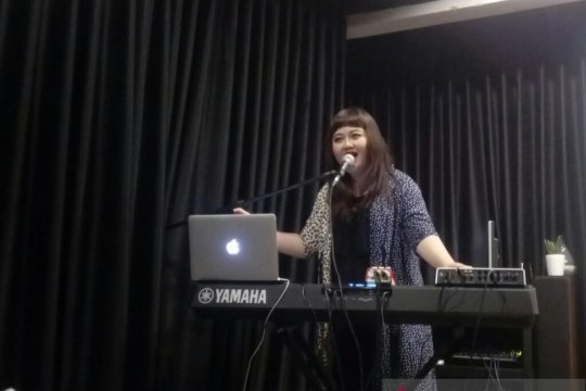 "Riani Sovana rilis video musik ""Aku Tak Setia"""