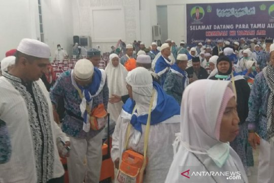 Satu haji kloter 17 debarkasi Medan telah pulang melalui kloter 7