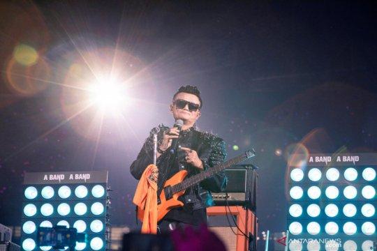 Jack Ma tampil bak rockstar pada ulang tahun ke-20 Alibaba