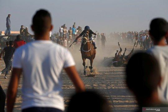 Pacuan kuda di bekas bandara Gaza Palestina
