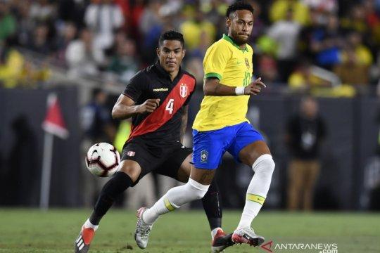 Gol menit-menit terakhir, Peru paksa Brasil telan kekalahan 0-1