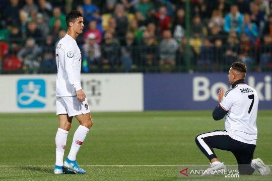 Empat gol Ronaldo antar Portugal lumat Lithuania 5-1