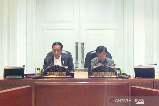 Jokowi tekankan penyelesaian hambatan investasi perbaiki ekosistem