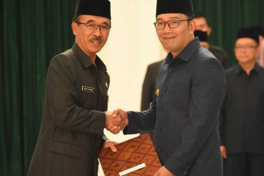 Ridwan Kamil lantik Daud Achmad sebagai Penjabat Sekretaris Daerah