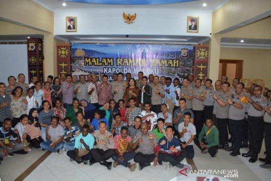 Papua Terkini - Kapolda Maluku dan mahasiswa Papua jalin silaturahmi
