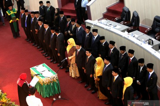 30 anggota DPRK Banda Aceh Dilantik