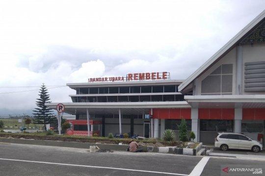 Kabut asap masih ganggu penerbangan di Bandara Rembele Aceh