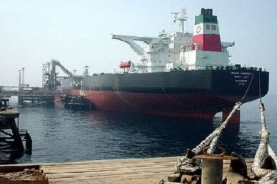 Tanker minyak Iran berlabuh di kilang El Palito Venezuela