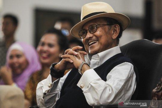 BJ Habibie Wafat - Mengingat calon mobil nasional Maleo